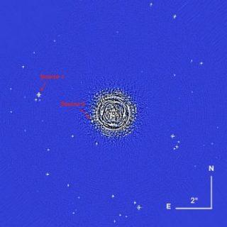 Immagine del campo di vista di Sphere per le misure di aprile 2016. Sono indicate le stelle di fondo considerate per il microlensing gravitazionale. Crediti: A. Zurlo et al.