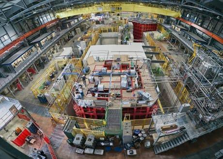 Veduta aerea del rivelatore protoDUNE, all'interno del CERN (Cortesia CERN)