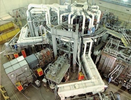 Veduta panoramica di ITER, l'esperimento per la fusione nucleare che vede la collaborazione di diverse nazioni del mondo. Il nucleare è uno dei settori di ricerca su cui la Brexit potrebbe avere il maggior impatto (Wikimedia Commons)