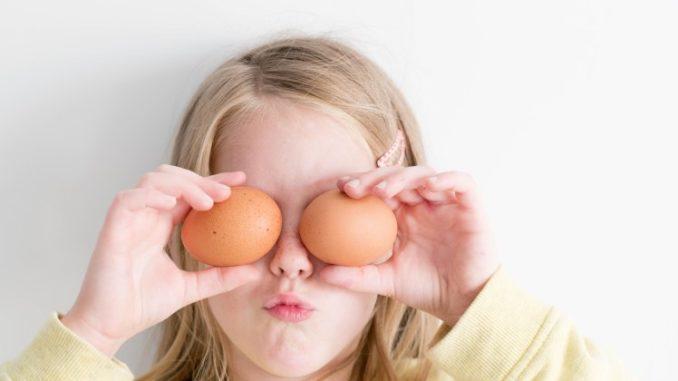 La fisica quantistica rende risposte filosofiche, è nato prima l'uovo o la gallina?