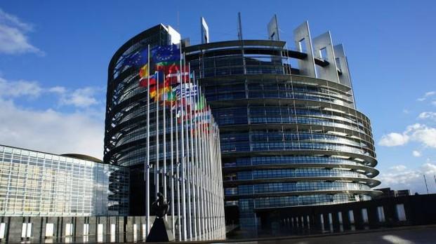 Il Parlamento europeo di Strasburgo (Dire)