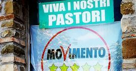Corleto Perticara (Potenza). Manifesto elettorale in piazza Plebiscito