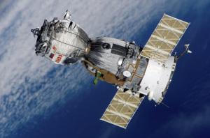 Una navicella Soyuz. La perdita d'aria si è verificata nel modulo abitativo della navicella, nella parte più a sinistra in questa foto. Il modulo viene abbandonato prima del ritorno a Terra dell'equipaggio, che si sistema nella parte centrale del veicolo spaziale. | NASA