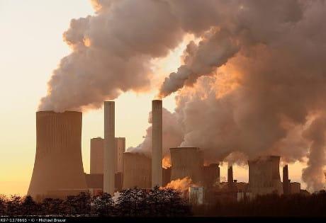 Emissioni di un impianto per la produzione di energia elettrica a carbone (AGF)