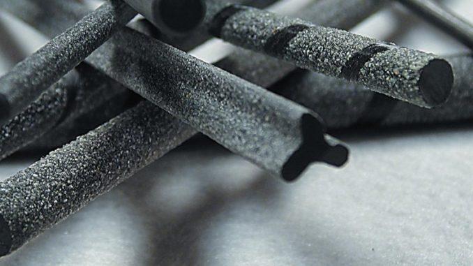 Nuove auto elettriche con scocca accumulatore in fibra di carbonio
