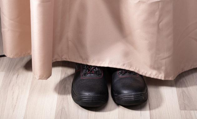 Vivere con uno sconosciuto in casa e scoprirlo... dopo mesi. Eppure può succedere.|shutterstock