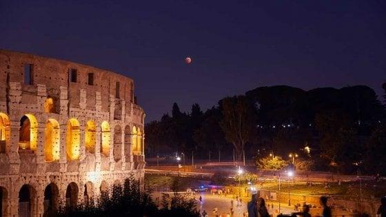 L'eclissi di Luna del 27 luglio 2018 su Roma. Foto Gianluca Masi, Virtualtelescope