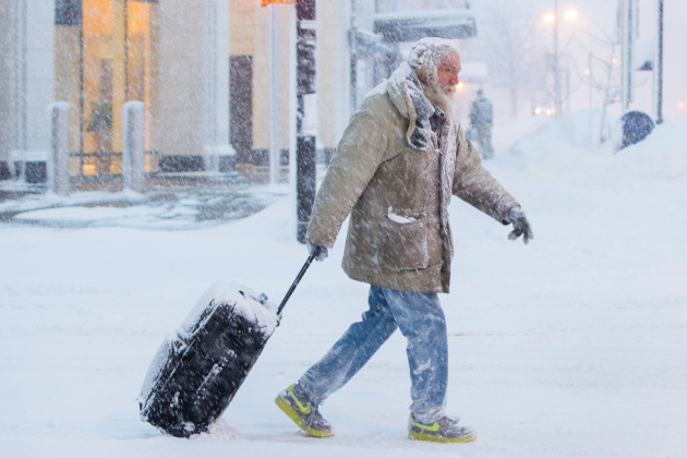 Il vortice polare che ha investito gli USA nell'ultima settimana di gennaio 2019 ha reso la permanenza all'esterno una vera sfida. Bastano pochi minuti per rischiare il congelamento di dita e parti esposte del viso.|REUTERS/Lindsay Dedario