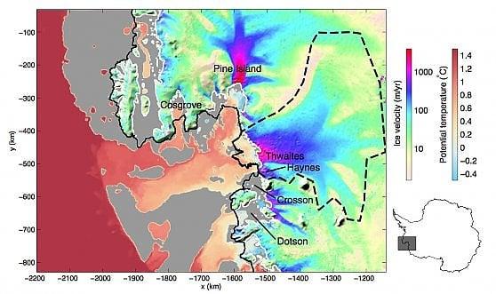 Grotta sotto il ghiaccio dell'antartide
