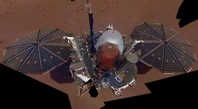 CaltechMarte, la sonda InSight installa strumenti di ricerca sulla superficie del pianeta
