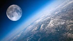 Rilevata atmosfera terrestre fin sulla Luna