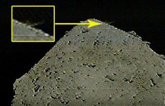 Le primissime immagini arrivate dalla Dcam3 permettono di scorgere la polvere sollevata dall'impatto. Crediti: Jaxa/Hayabusa-2