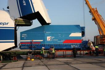 eRosita durante il trasporto verso il cosmodromo di Baikonur. Crediti: @Roscosmos