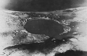 Immagine d'archivio - Il cratere prodotto dal test sull'isola di Runit. | U.S. Army