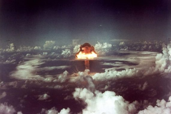 Immagine d'archivio - Il test nucleare condotto in atmosfera, sull'isola di Runit. | U.S. Army