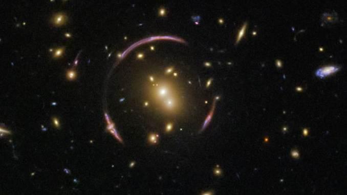 L'eclissi che confermò l'effetto lente gravitazionale di Einstein
