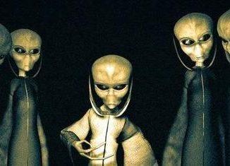 Gli extraterrestri sono umanoidi simili a noi ..