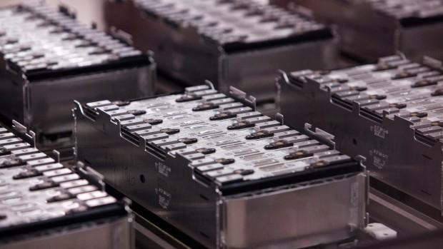 Nuove batterie elettriche allo stato solido a maggiore efficienza