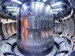 Controllare l'energia da fusione con le onde EMIC