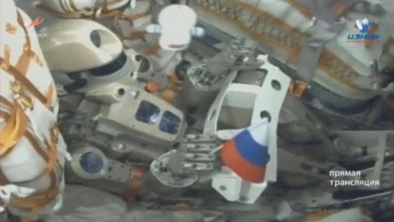 il robot-cosmonauta Fyodor (o Skybot F-850) a bordo