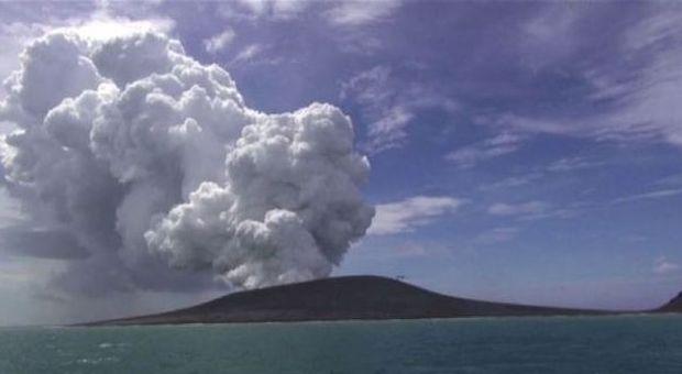 In Oceano Pacifico il Vulcano Tonga ha creato un'isola