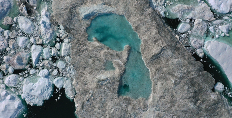 Caldo e incendi causano la fusione record dei ghiacci in Groenlandia