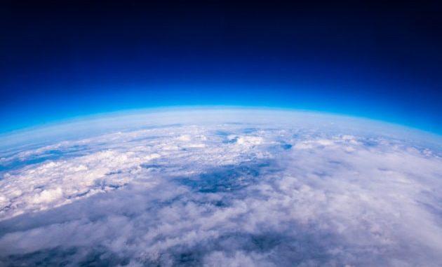 Alterare artificialmente il clima terrestre: lo stiamo già facendo con le massicce emissioni di gas serra.|Shutterstock
