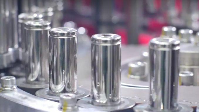 Le celle delle batterie Tesla