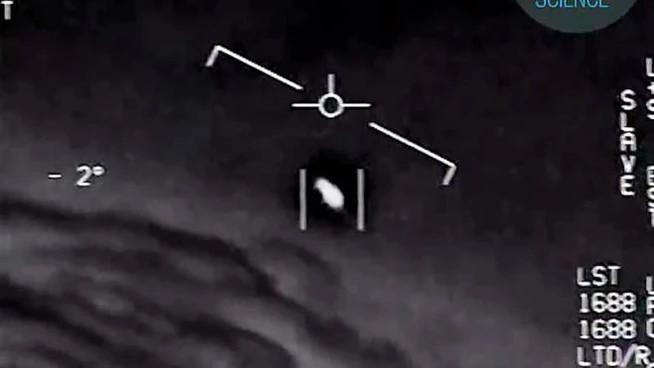 Un video diffuso dalla Marina americana (Ansa)