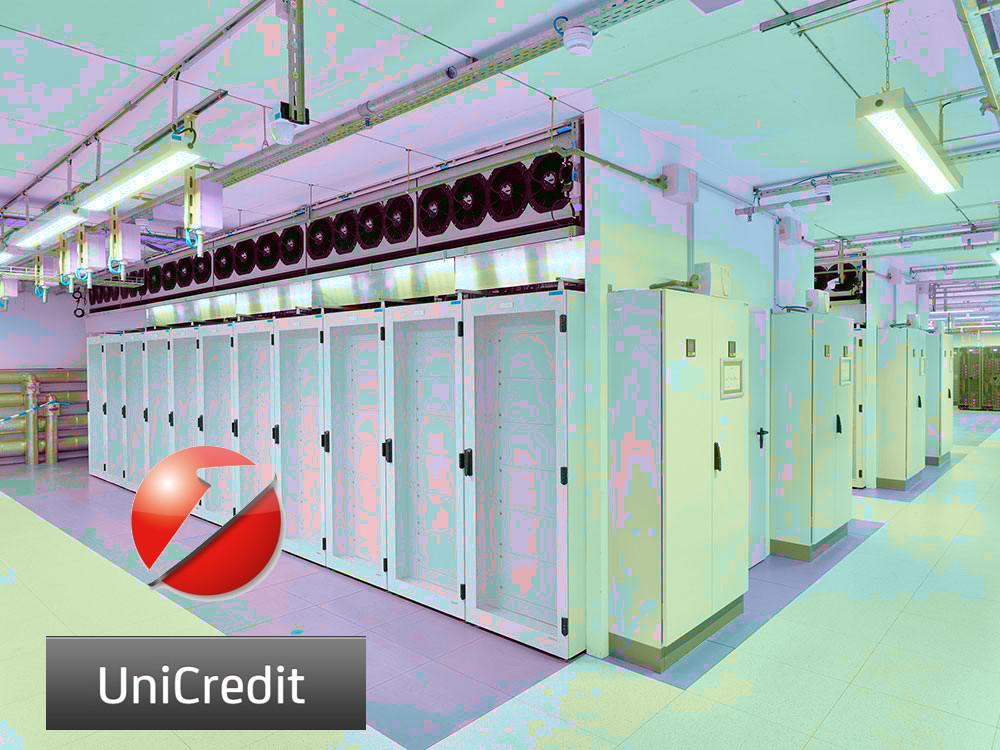 Bucato dagli hacker server con i dati dei clienti Unicredit