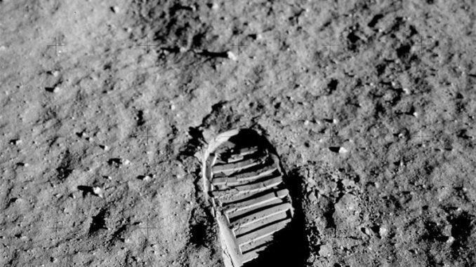 Prima orma umana sulla Luna
