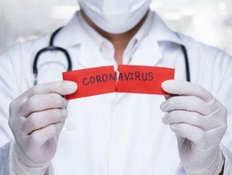 """L'immunologo """"prevede"""" che la pandemia durerà fino a fine maggio"""