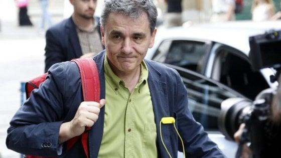 """""""L'Italia ha salvato le banche tedesche in Grecia, ora Berlino aiuti Roma con gli eurobond"""""""