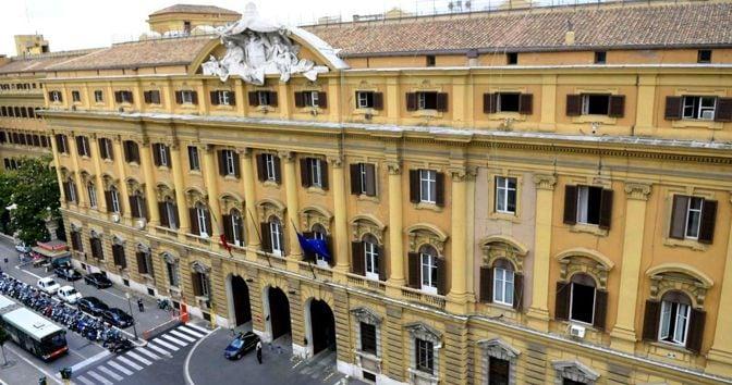 Arriva il BTp Italia senza limite di offerta per l'emergenza. Durata tra 4 e 8 anni