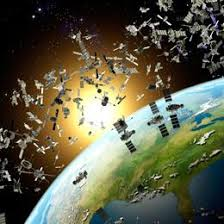 Detriti spaziali con lo scoppio di un vecchio razzo russo