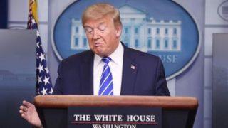Nella conferenza stampa del 23 aprile 2020 Donald Trump ha parlato di ipotetiche cure con disinfettanti (© AGF)