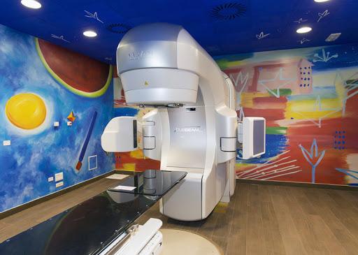 Servono nuovi macchinari per la radioterapia oncologica