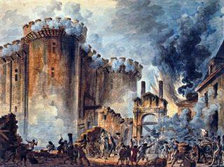 Il 14 luglio 1789, i parigini avevano paura che l'esercito stesse per attaccarli. Così si armarono e marciarono verso la Bastiglia, il forte reale utilizzato come prigione, alla ricerca di polvere da sparo. La rivoluzione era ufficialmente iniziata... |