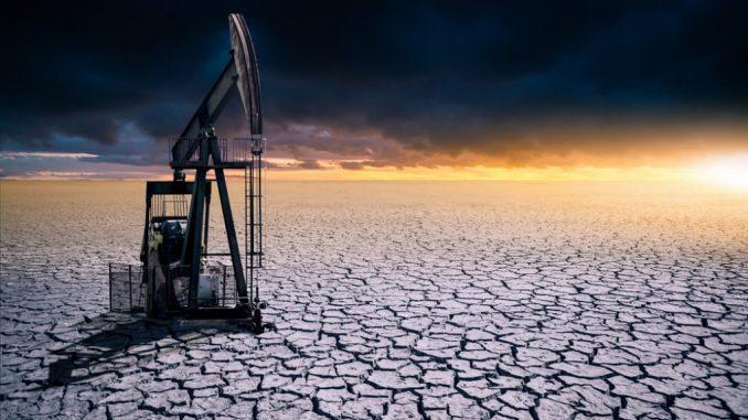 La crisi climatica innescata dall'uomo ci ha portato in una situazione senza precedenti. Shutterstock