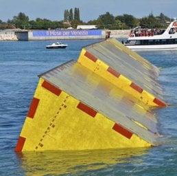 Mose diVenezia, allarme nelle imprese: «Il consorzio non sta pagando»