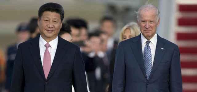 Xi Jinping con Joe Biden, allora vicepresidente degli Stati Uniti, nel 2015 (LaPresse)