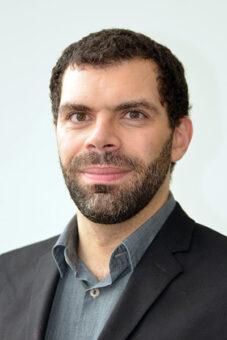 Luca Visinelli (Infn-Lnf), secondo autore dell'articolo di S. Vagnozzi et al. pubblicato su Phys. Rev. D